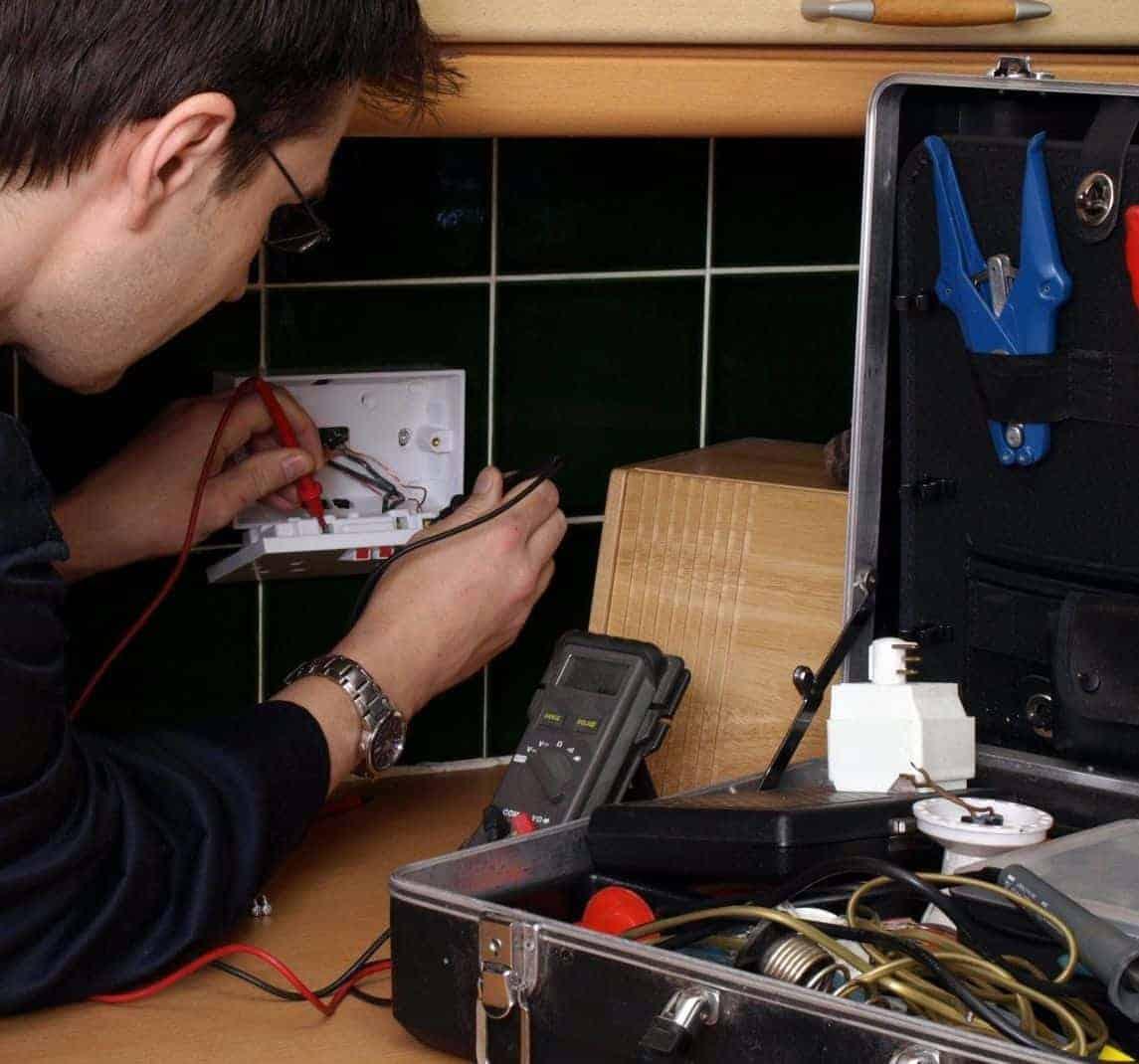 electrician test socket board